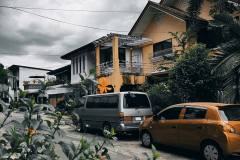 Xiaomi-Mi-11-Lite-camera-sample-picture-in-review-by-Revu-Philippines_house-and-car-Gold-Vibes-filter