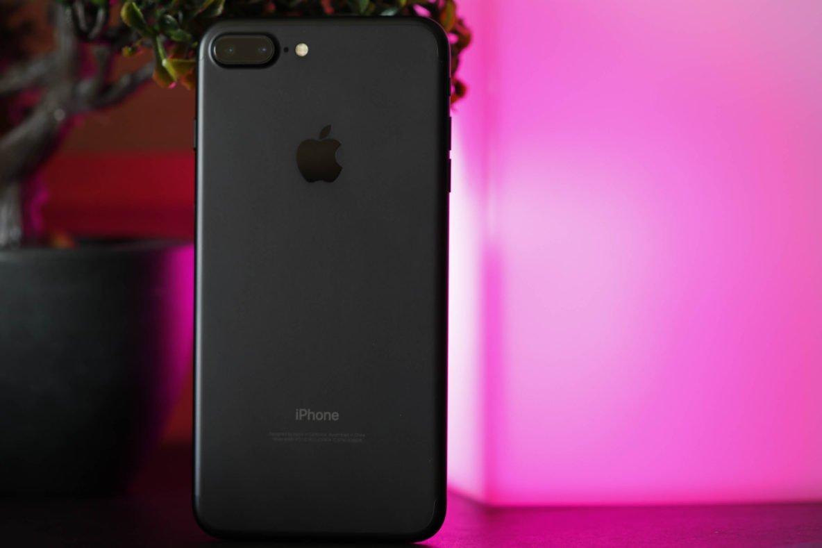 Black Apple iPhone 7 Plus