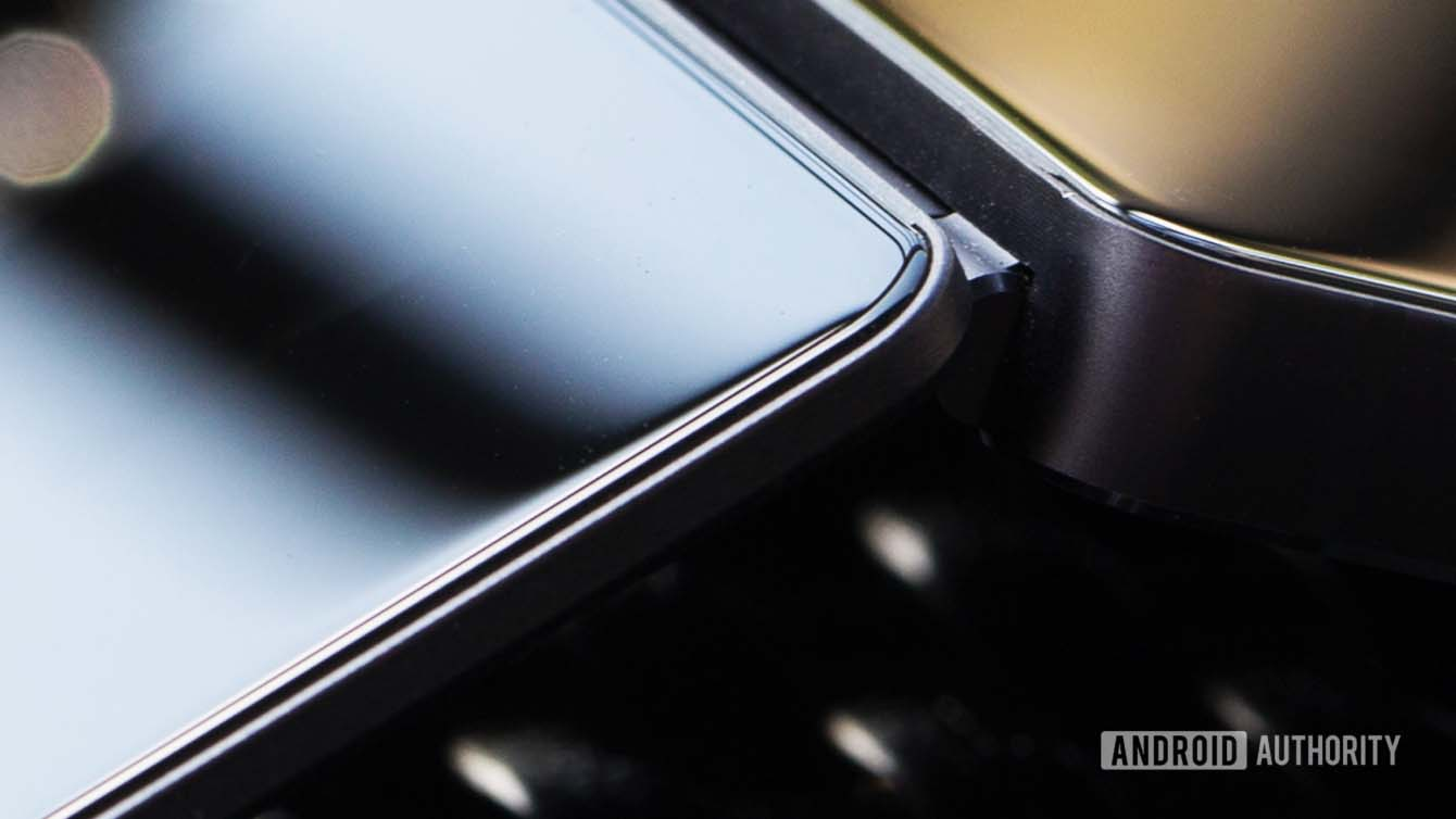 ZTE Axon M foldable phone_Revu Philippines