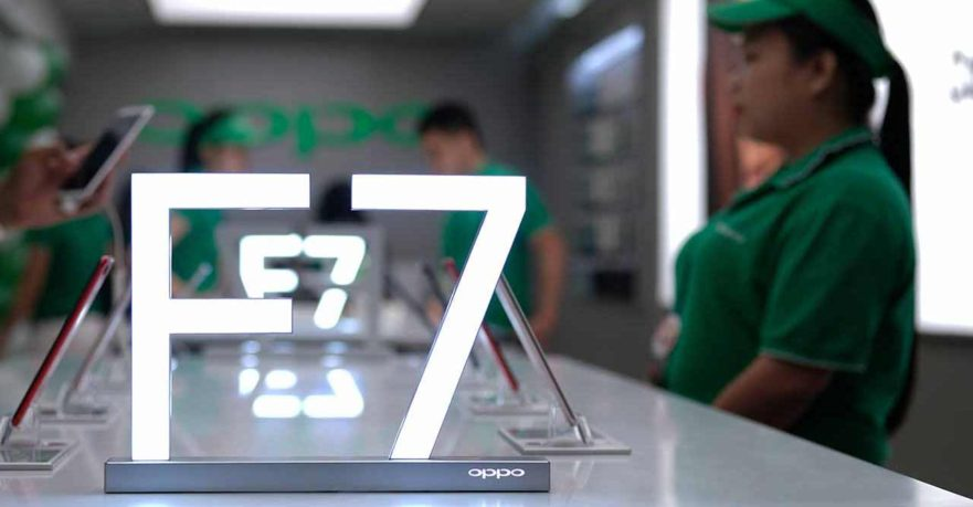 OPPO F7 materials at SM Megamall by Revu Philippines