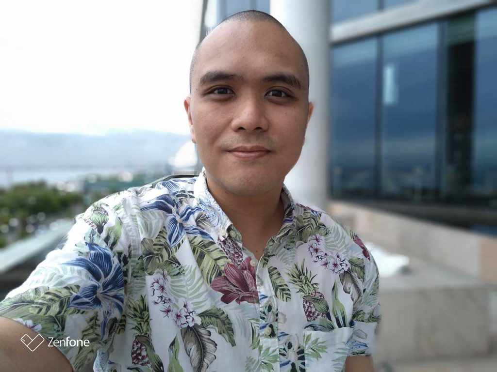 ASUS ZenFone Max (M1) sample selfie photo with bokeh effect, review, price, and specs on Revu Philippines