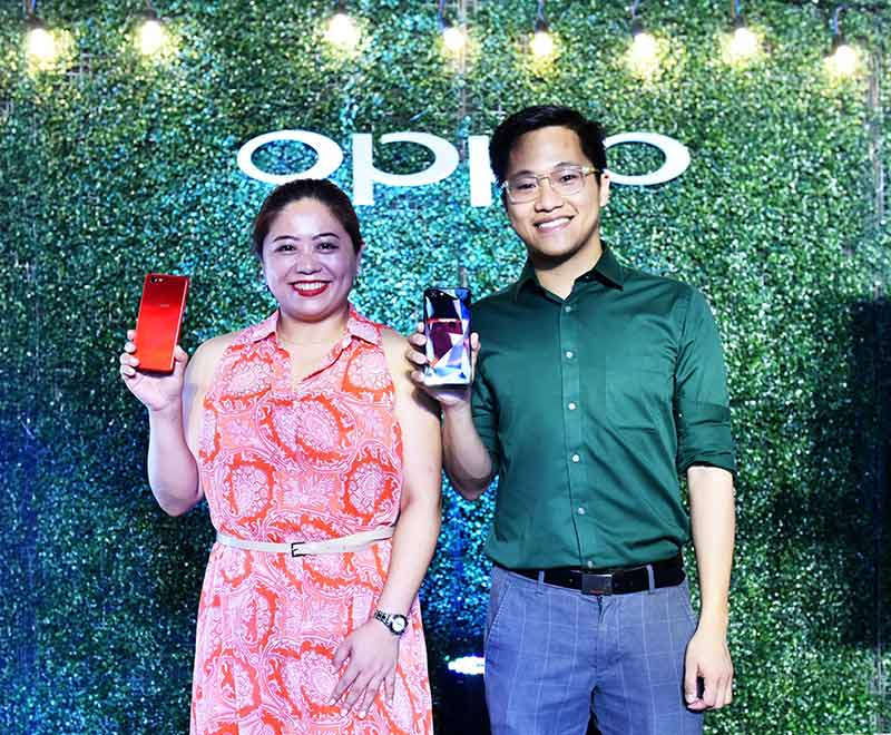 Jane Wan and Eason de Guzman at the OPPO F7 Youth launch in the Philippines
