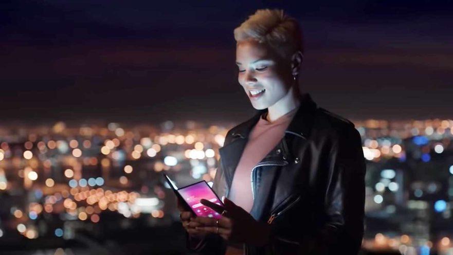 Samsung Galaxy F, also called Samsung Galaxy X, foldable phone video on Revu Philippines