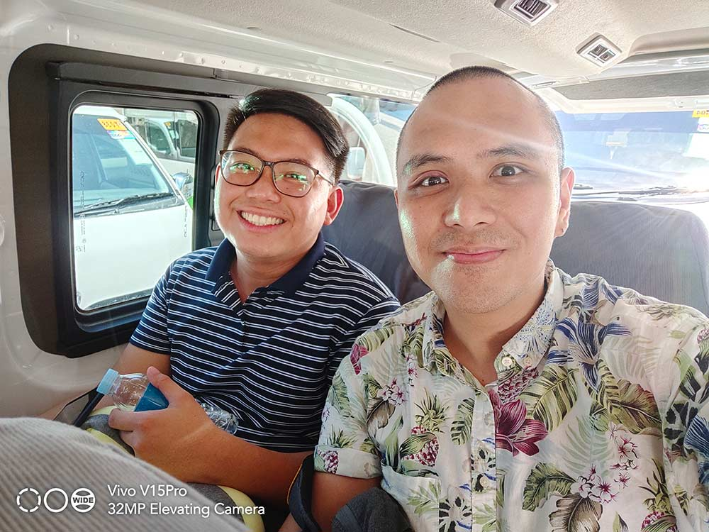 Vivo V15 Pro sample group selfie picture shot with HDR by Revu Philippines