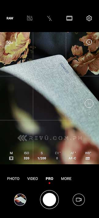 Huawei P40 Pro camera interface screenshot: Pro mode with RAW editing by Revu Philippines