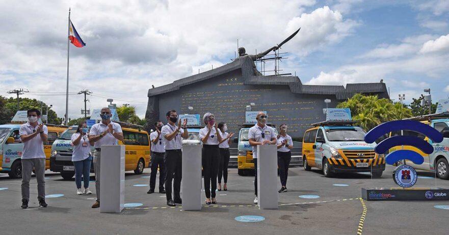 Globe Telecom's KonekTayo School Bus WiFi in Manila launch with Mayor Isko Moreno