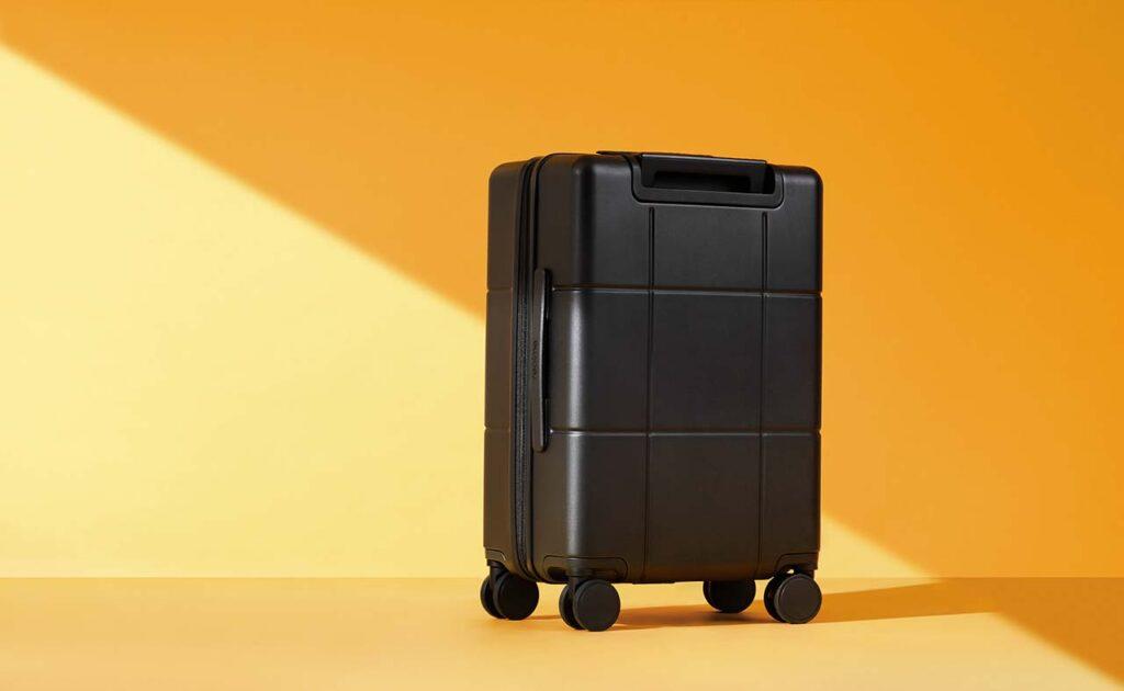 Realme Adventurer Luggage price and specs via Revu Philippines